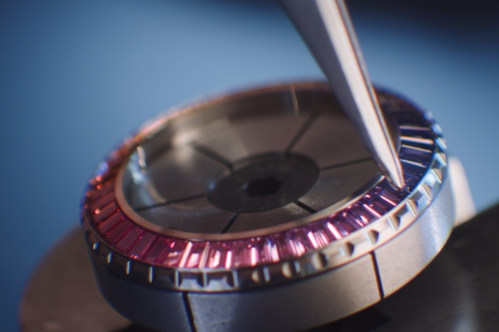 CHANEL, Rainbow 彩虹圈, Rainbow Watch, 彩虹圈, 彩虹腕錶, CHANEL J12 ELECTRO, CHANEL Watches, CHANEL J12, J12, J12 ELECTRO, CHANEL ELECTRO, 電子音樂, 腕錶, Watches & Wonders, Watches & Wonders 2021,